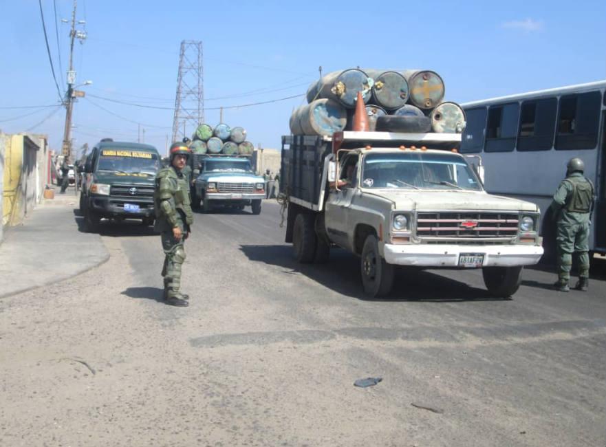 Contrabando de gasolina en La Troncal del Caribe.