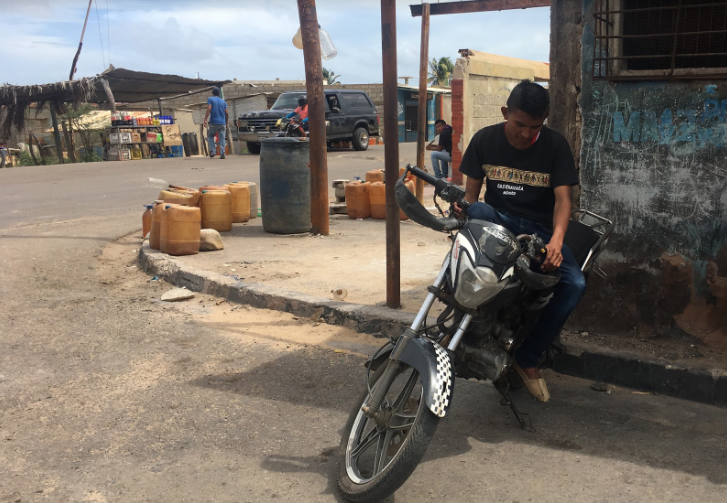 Yohendry Palmar, testigo de la explosión provocada por el accidente de una camioneta contra combustible almacenado en una esquina del mercado Los Filúos.